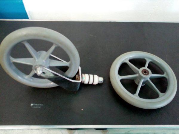Ruedas clínicas para sillas de ruedas y camillas